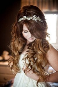 Full and Wavy Wedding Hairstyles