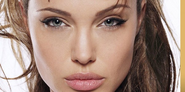 Look Like Angelina Jolie Makeup Guide