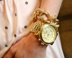 Accessorize to Impress The 5 Must-Haves oversized watch