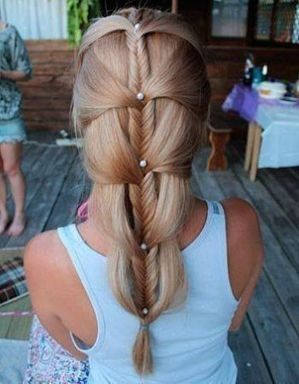 Source: http://www.styleoholic.com/10-cool-ideas-to-do-fishtail-hairstyle/