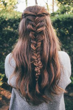 Source: https://www.pinterest.com/explore/messy-fishtail-braids/