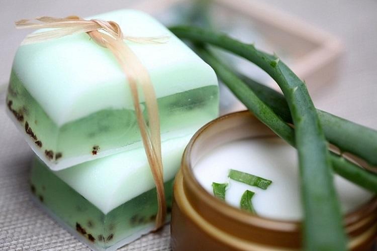 green aloe vera organic soap