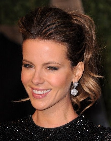 Kate Beckinsale with a medium-sized ponytail