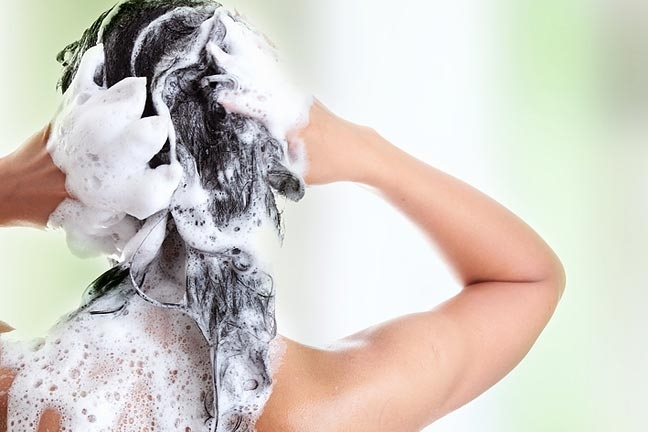 5 Reasons To Use Sulfate Free Shampoo