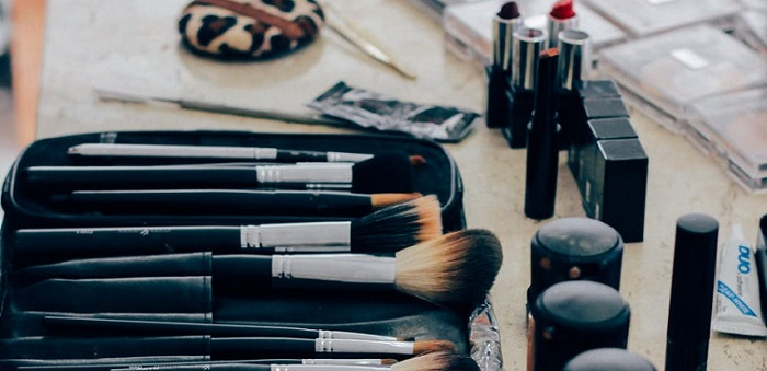 Top 9 Great Makeup Bags to Keep Your Makeup in