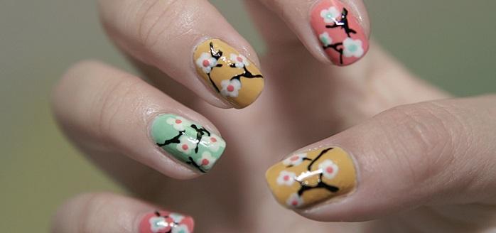 floral pastel nail design