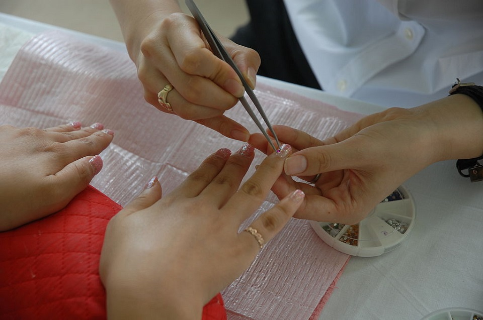 VIP Nail Salon: The Ultimate Guide to Acrylic Nails near You