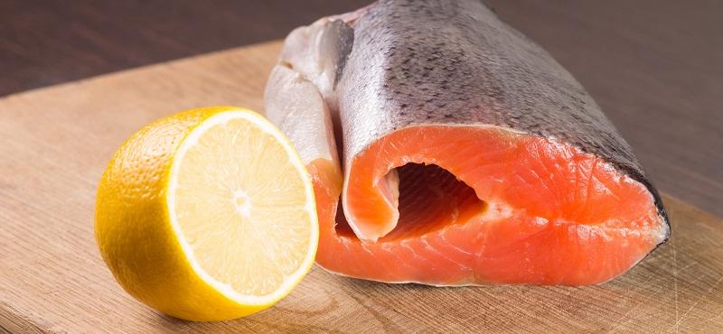 Fish meat with lemon