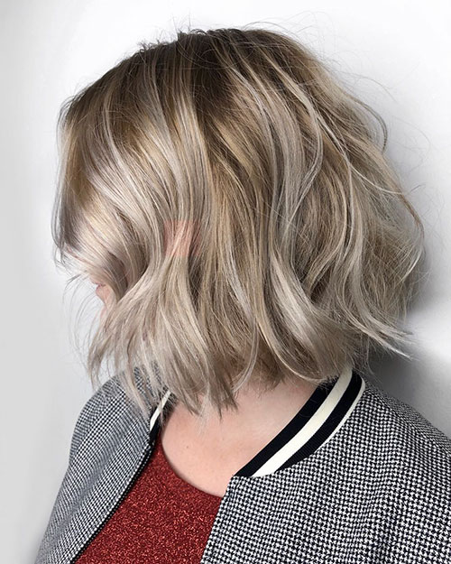 woman with choppy bob hair